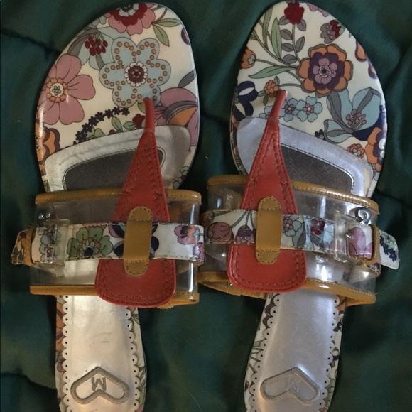 Shoes - Cute sandals